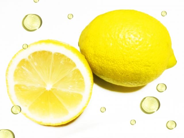 やっぱり美肌には【レモン】。レモン果汁パックにはビタミンたっぷりの毛穴ケアへ!