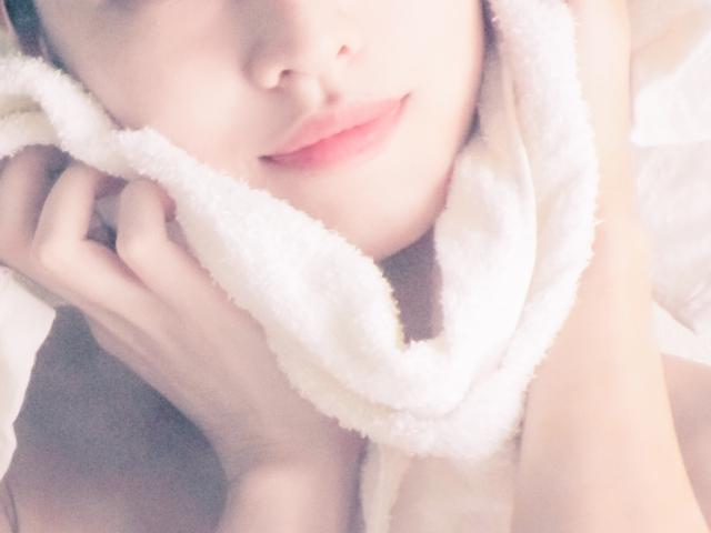 手抜きクレンジング。ズボラ女子に大人気!拭くだけで落とせる『クレンジングタオル』とは?