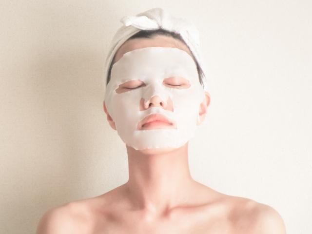 バズってる?!お肌に付けるとモコモコもこもこ…あら不思議!!『リッツ ホワイトもこもこ白泡マスク』で毛穴レスで生まれたてのようなお肌へ…