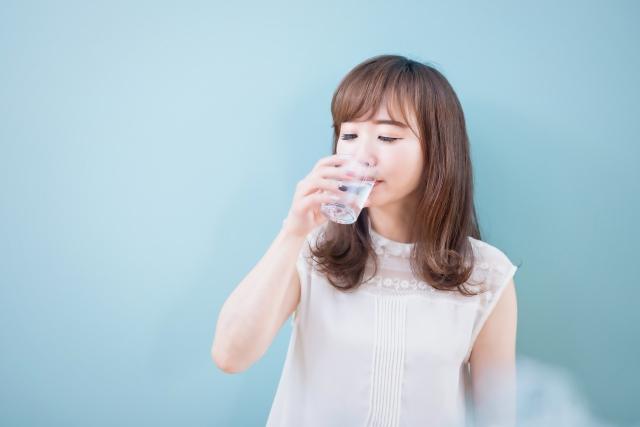 怪しい…水素って本当に美容にいいの??普通の水とどう違う?!よく目にする水素関連商品の本当の効果を紐解きます!